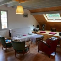 Duplex montagne et lac, hotel in Entrevernes