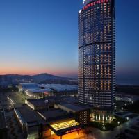 Crowne Plaza Yantai Sea View, an IHG Hotel, отель в Яньтае