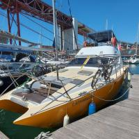 exclusive boat rental in lisboa - Sleep Over Water - 46 feet most spacious in its category