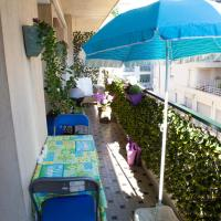 Chill Out Apartment, 2 mins from beach