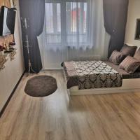 Apartment on Aleksandra Usoltseva 26