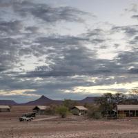 Wilderness Safaris Desert Rhino Camp, hotel in Palm