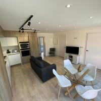 Stylish 2Bed, 2Bath Flat with Free Parking