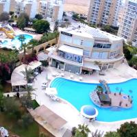 Long Beach holiday resort, hotel in Famagusta