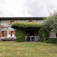 Rustic Cottage in Crespano del Grappa, hotel a Crespano del Grappa