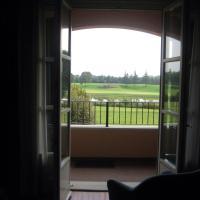 Appartamento vicino Golf club Le Robinie, hotell i Solbiate Olona