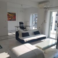 NN Larisa Deluxe Apartment
