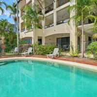 Mediterranean Beachfront Apartments, hotel in Yorkeys Knob