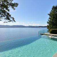 Oceanside Lodge On Saanich Inlet, hotel em North Saanich