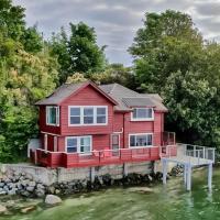 Heron House on the Cove
