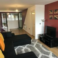 Spacious Apartment in Manchester near The Quays, IWM North