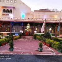 MPT Sheesh Mahal, Orchha