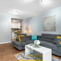 Pretty Apartment Near Stonehenge Amesbury Town Center 55 Inch 4K Smart TV Netflix, hotel in Amesbury