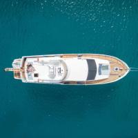 "Sea BaronIV ""BedsonBoat"", hôtel à Il-Birgu"