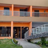 Casa em Ponta De Pedras- Encanto do Litoral!, hotel in Recife