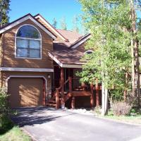 Breckenridge Mtn. Village #132 - Beautiful Private Home with Outdoor Hot Tub