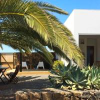 Modern little house with voclano view