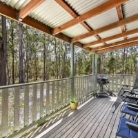 Kangaroo Cottage - cute Accom in bushland setting, hotel sa Ellalong