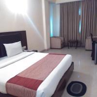 Hotel Airport Plaza, hotel near Delhi International Airport - DEL, New Delhi