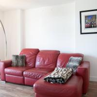 Modern Central 2 Bedroom Apartment Opposite Tobacco Dock Venue