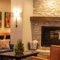 Best Western Plus A Wayfarer's Inn & Suites, hotel v destinaci Kingman