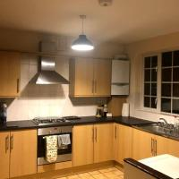 Spacious 5 bedroom house in Central East London E1