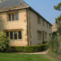 Key Farmhouse, hotel in Yeovil