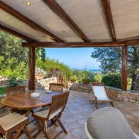 Casa Passiflora in Costa Smeralda, hotel ad Abbiadori