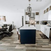 Beautiful Open concept Home p26
