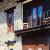 """Affittacamere """"Del Ponte"""", hotel a Cartignano"""