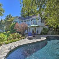 Sandy Hook Retreat with Stunning Waterfront View, hotel in Atlantic Highlands