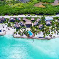 Villas Flamingos Beach Front, hotel in Holbox Island