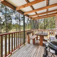 Wallaby Cottage - cute Accom in bushland setting, hotel sa Ellalong