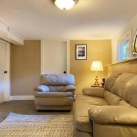 Private Suite 3 Bedrooms&Living near U-District