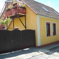Zách Klára utcai Apartman, hotel en Visegrád