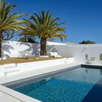 Beautiful Ibiza style 5 bedroom 5 bathroom villa in Ferragudo private pool AC