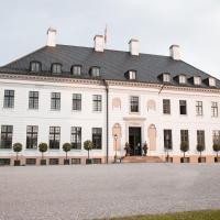 Bernstorff Castle, hotel i Gentofte
