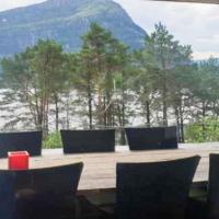 Holiday home Svelgen II