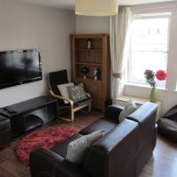 The Granite City - Modern City Centre Apartment
