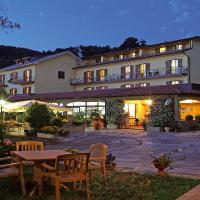 Hotel Belvedere, hotell i Minucciano