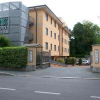 Hotel 2C, hotel Legnanóban