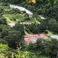 Villa Hermosa, отель в городе Коройко