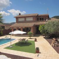 Casa a 25 km de Barcelona, hotel en Corbera de Llobregat