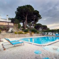 Casa Setubal Grande - Superb 6 Bedroom House in Beautiful Setubal with Private Pool and Pizza Oven