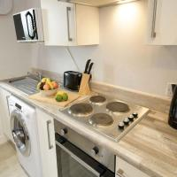 Great 2 bed apartment, sleeps 6