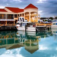 The Marina Hotel - Mindarie, hotel em Mindarie