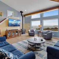 "New Listing! All-Suite ""Eagle's Nest"" w/ Hot Tub home, hotel in Bodega Bay"