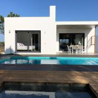 Cairnvillas: Villa Solar - Luxury Villa with private swimming pool near beach