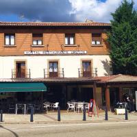 Hostal Urbión, hotel in Vinuesa