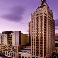 Drury Plaza Hotel San Antonio Riverwalk, hotel in San Antonio